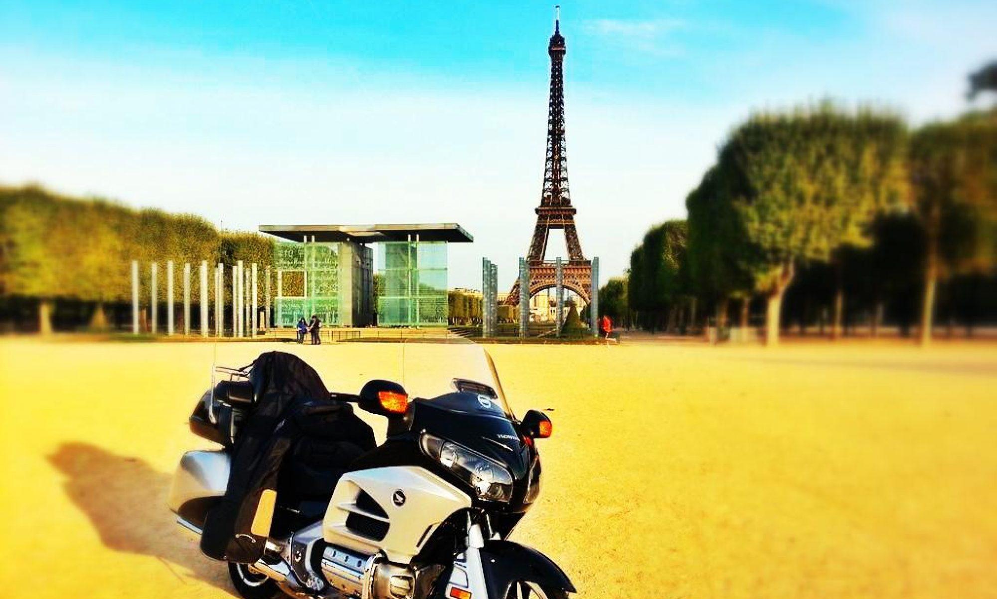 PARIS TAXI MOTO